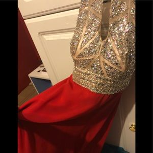 Dresses & Skirts - Like new gorgeous red prom dress! Size 0.